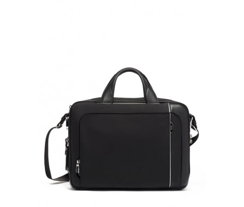 Tumi Arrive Beacon Brief